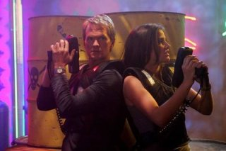 barney-stinson-and-robin-laser-tag